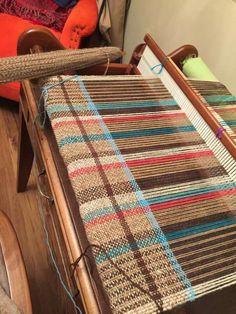 Weaving Textiles, Weaving Art, Loom Weaving, Hand Weaving, Loom Knitting Patterns, Weaving Patterns, Fabric Art, Woven Fabric, Cricket Loom