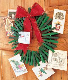 Clothes Pin Wreath Greeting Card Holder but we get so many cards I think I will make a clothespin christmas tree! Christmas Card Display, Diy Christmas Cards, Noel Christmas, Primitive Christmas, Homemade Christmas, Christmas Card Holders, All Things Christmas, Winter Christmas, Christmas Wreaths