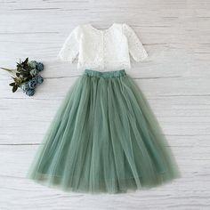 Green Tulle Skirt, Green Flower Girl Dresses, Green Bridesmaid Dresses, Tulle Dress, Green Dress, Girls Dresses, Wedding Dresses, Tulle Skirt Kids, Tutu Skirts
