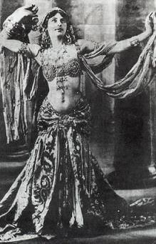 Draping veil 1920s-1930s-Mata-Hari-B-Aug 07 1876-Oct 15-1917