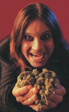 Ozzy the god father Ozzy Osbourne Black Sabbath, Pink Floyd Dark Side, Heavy Metal Music, Heavy Metal Bands, Iron Maiden, Led Zeppelin, Hard Rock, Musica Metal, Prince Of Darkness