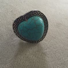 NWT Beautiful Turquoise Heart Ring Brand New                                                               PRICE FIRM (already low).                                        No TRADING                                                         BUNDLE FOR LESS.                                                Sold 235+ listings                                                              Top 10% seller✔️                                                                                ⭐️⭐️⭐️⭐️⭐️ 4.7…