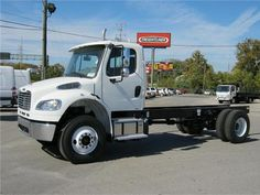 Used 2013 Freightliner Business class m2 106 Heavy Duty Truck in Nashville @ OnlineTrucksUsa.Com