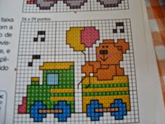 Olha só que lindinhos esses trenzinhos!!!!!! Cross Stitch Sea, Cross Stitch Borders, Cross Stitch Charts, Cross Stitching, Cross Stitch Embroidery, Cross Stitch Patterns, Baby Sheets, Newborn Crochet, Plastic Canvas Patterns