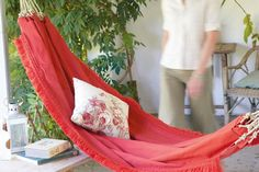 Tope & Fabric Hammock | 40 Awesome Rope Projects