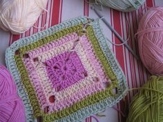 DIY: Granny Square tutorial. Written and Photo Instructions.