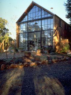 Lunberg design gable roof, metal windows