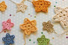 Twinkler Stars Motif By Sandra Paul - Free Crochet Pattern - (ravelry) Crochet Star Patterns, Crochet Snowflake Pattern, Christmas Crochet Patterns, Crochet Stars, Crochet Motifs, Crochet Snowflakes, Crochet Flowers, Knit Crochet, Crochet Crafts