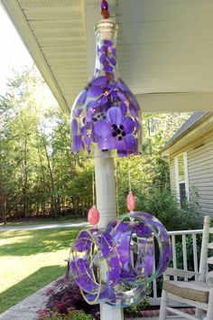 Purple Haze Wine-Chime made from recycled wine bottle Reuse Plastic Bottles, Recycled Wine Bottles, Wine Bottle Art, Diy Bottle, Wine Bottle Crafts, Recycled Glass, Glass Bottles, Recycled Materials, Recycled Crafts