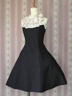 Victorian Maiden Jsk  Love the neck, it can be made out separate and added to a simpler dress.