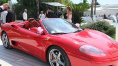 L'auto per l'entrata degli sposi <3