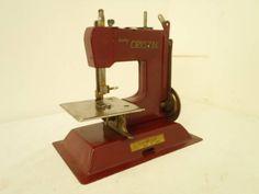 Sewing Machine a533 アンティークな可愛いミニチュアミシン 検オブジェ雑貨 インテリア 家具 Antique ¥7500yen 〆07月23日