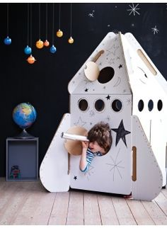 love the chalkboard and space theme