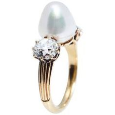 Antique Natural Pearl Diamond Gold Ring