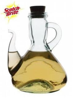 Tip Scotch Brite: Si alguna comida se ha quemado y el olor a humo permanece en tu cocina, elimínala fácilmente colocando un tazón de vinagre, ya que éste lo absorberá.