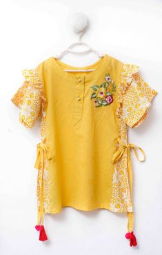 Scaryammi brings information about a list of joras for Eid for little girls. Girls Dresses Sewing, Stylish Dresses For Girls, Frocks For Girls, Dresses Kids Girl, Cute Outfits For Kids, Beautiful Dress Designs, Stylish Dress Designs, Baby Frocks Designs, Kids Frocks Design