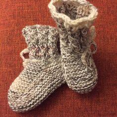 #BREInWERK #handknitted #breien #tegendonatie #RonaldMcDonaldHouse #Kinderfonds #NAHproject #braininjuryrehab #kinderkleding #kidswear #instaknit #kidsknit #homemade #knitting #withlove #knitwear #nietaangeborenhersenletsel #knittersofinstagram #knitstagram #breieninopdracht #wool #naturalmaterials #knittingforkids #knittingforbabies #knittingforcharity #speciaalvoorjou 💞🙋 Knitting For Charity, Knitting For Kids, Hand Knitting, Ronald Mcdonald House, Brain Injury, Aerobics, Kids Wear, Knitwear, Homemade