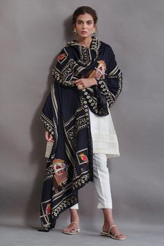 Dress Indian Style, Indian Dresses, Indian Outfits, Indian Attire, Indian Wear, Casual Indian Fashion, Indian Designer Suits, Desi Wear, Traditional Outfits