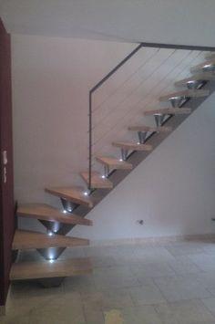 Escalier quart tournant acier et marches bois