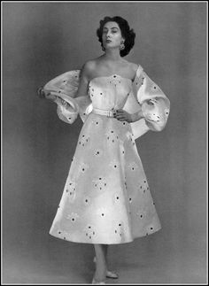 Givenchy. 1953 www.vintageclothin.com