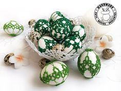 Crochet Ornaments, Handmade Ornaments, Handmade Home, Etsy Handmade, Easter Toys, Easter Table Decorations, Lace Decor, Tatting Lace, Easter Baskets