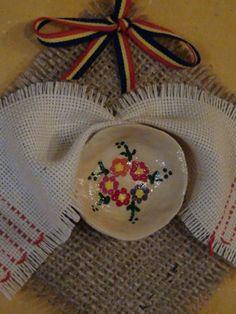 primavara-cu-idei-martisoare-traditionale-expuse-intr-un-decor-oriental-la-bastionul-macelarilor-din-baia-mare.jpg (375×500)