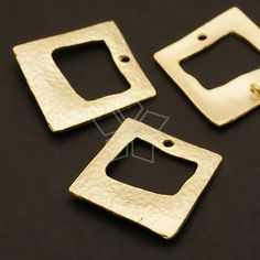 AC372MG / 4 Pcs  Hammered Square Donut Connector by beadsmaker