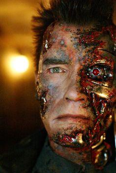 Arnold Schwarzenegger in Terminator 2: Judgement Day (1991)