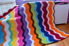 Ripple in progress. This is Lucy's pattern, with the color sequence of 4 rows, 2 rows, 4, 2 and so on
