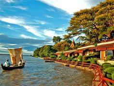 Bagan Thande Hotel, Bagan, Myanmar http://www.agoda.com/de-de/bagan-thande-hotel-old-bagan/hotel/bagan-mm.html?cid=1616741