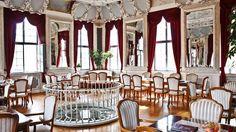 www.lokalfinder-thueringen.de/lokal/turmcafe-im-hessensaal Genießen in einmaligen Ambiente! Auch im Turmcafé im Hessensaal in Meiningen (Europas schönstes Barockcafé!) stehen euch köstliche Eisspezialitäten zur Auswahl!