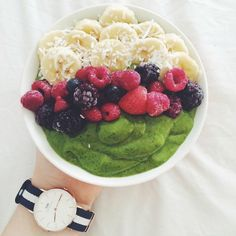 Matcha Green Tea Smoothie Bowl for breakfast, with mango and banana