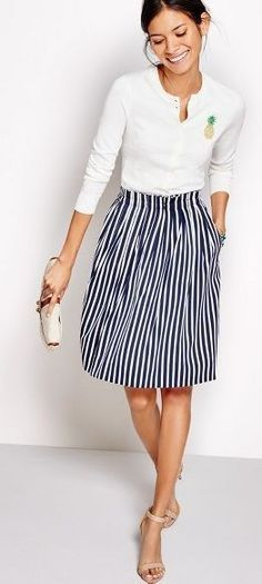 casual, yet so classically beautiful. | #jcrew #stripes #outfit