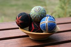 How to make a Temari ball http://www.instructables.com/id/How-to-Make-Temari/?ALLSTEPS