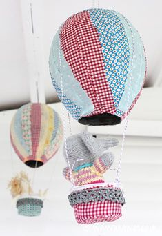 DIY paper mache hot air balloons #kids #rooms #balloons
