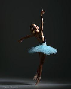 Amber Arcaini, The Art of Classical Ballet School, Pompano Beach, Florida, US - Photographer Gene Schiavone