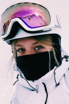 hridyakakumanu hridyakakumanu snowboarden The Effective Pictures We Offer You About Skateboarding dessin A quality picture … Ski Et Snowboard, Snowboard Girl, Ski Ski, Burton Snowboards, Mode Au Ski, Ft Tumblr, Snowboarding Style, Snowboarding Women, Shotting Photo