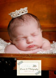 Tiny Crown for newborn pictures