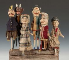 Six Carved & Painted Punch & Judy Puppets : Lot 471