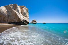 Der Mythologie nach betrat Liebesgöttin Venus hier die Welt: Zypern – genau an diesem Strand http://www.lastminute.de/reisen/zypern/?lmextid=a1618_180_e30