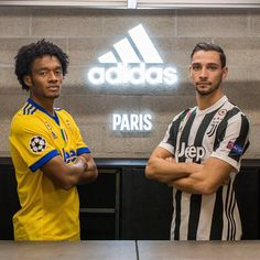 """Mi piace"": 89.1 mila, commenti: 140 - Juventus Football Club (@juventus) su Instagram: ""Bonsoir Paris  The Champions of Italy have arrived with @adidasfootball  #HereToCreate"""