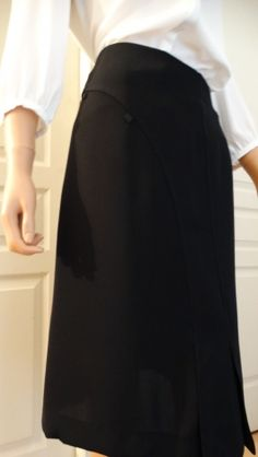 Jupes Femme Cuir occasion : Jupes jusqu'à 80% Videdressing