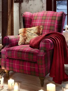 chandler ohrensessel blau wei sitzm bel butlers wohnzimmer pinterest. Black Bedroom Furniture Sets. Home Design Ideas