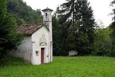 Chiesetta di Sant'Eurosia Val Canzoi Belluno Dolomiti Veneto Italia