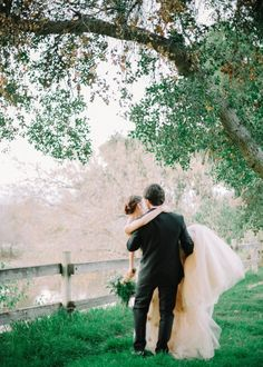 Read More: http://stylemepretty.com/2013/10/07/romantic-tuscany-inspiration-shoot-from-mariel-hannah-lacielle-roselle/
