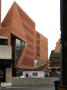 Saw Swee Hock Student Centre. London School of Economics. O'Donnell + Tuomey