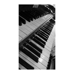 Music will tell you more about me, than I ever wanted.  #orgel #organ #music #blacknwhite #musiclove #musician #love #passion #musik #wtfschonwiedertumblike #feelit #musicsession #musica #organist #student #classic #old #loveit #photography #instrument #photooftheday #favorite http://butimag.com/ipost/1554548696628878581/?code=BWS3c2gnFz1