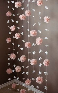 Paper Flower and Tissue Paper Puff Garland Papierblumen- und Seidenpapier-Hauchgirlande Paper Flower Garlands, Diy Flowers, Tissue Paper Flowers, Tissue Paper Decorations, Paper Flowers Wedding, Paper Flower Backdrop, Hanging Paper Flowers, Paper Wedding Decorations, Decoration Crafts