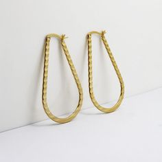 Find More Hoop Earrings Information about 2016 New Fashion Vintage Water Drop Design Hoop Earrings for Women  Gold Plated 316 Stainless Steel Classic Lady Fine Jewelry,High Quality hoop earring clasps,China hoop earring making Suppliers, Cheap earring parts from MSX Fashion Jewelry on Aliexpress.com