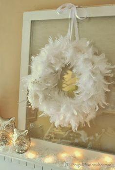 Craft-O-Maniac: 7 DIY Christmas Boa Wreaths